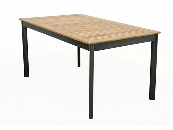 doppler-concept-zahradni-stůl