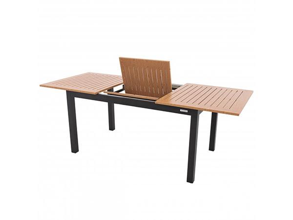 rozkladaci-zahradni-stůl